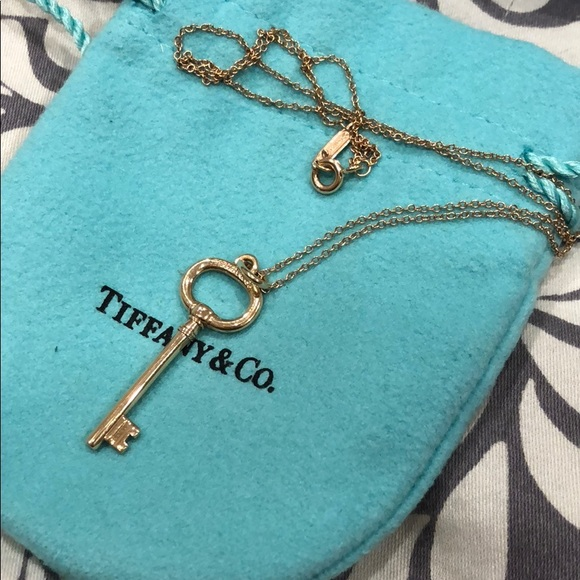 6eea8923092ec 100% Authentic Tiffany & Co. Tiffany Keys pendant